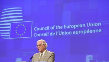 Der EU-Außenbeauftragte Borrel (hier bei einer Video-Pressekonferenz) gab die Sanktionen bekannt
