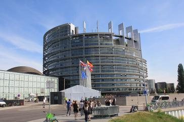 """Mehrheit im Europaparlament als Hindernis  für Beziehungen zu Venezuela gemäß """"den Normen, die die Beziehungen zwischen den Staaten auf internationaler Ebene regeln""""?"""