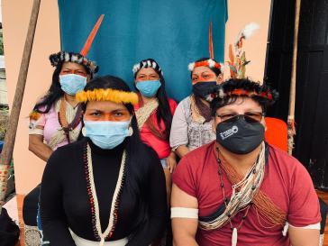 In Ecuador sind in indigenen Gemeinden 11.849 mit SARS-Cov-2 Infizierte und 330 Verstorbene bestätigt
