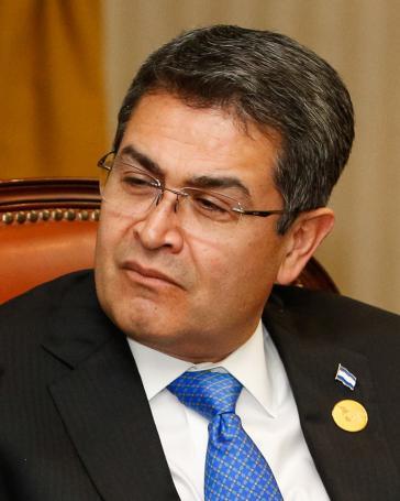 Der Präsident von Honduras, Juan Orlando Hernández, steht nach einer Anklage gegen den ehemaligen Polizeichef immer mehr unter Druck