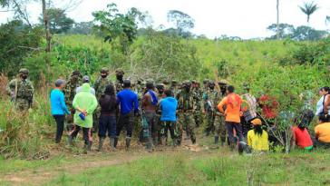 Die Dorfgemeinschaft im Departmento Meta wird immer wieder vom Militär bedroht