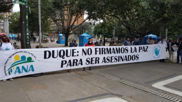 """Transparent beim Marsch der Farc-Partei: """"Duque: Wir haben den Frieden nicht geschlossen, um ermordet zu werden"""""""