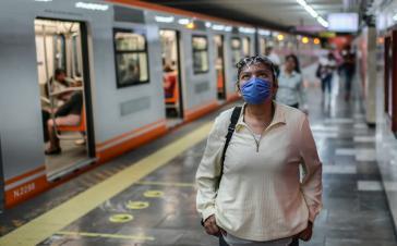 Mediziner der Nationalen Autonomen Universität von Mexiko raten der Bevölkerung, Mundschutz zu tragen
