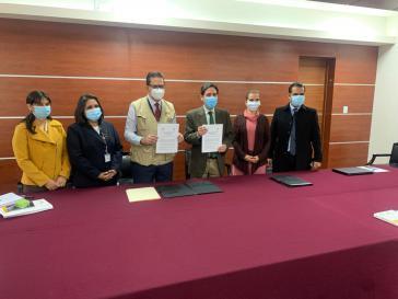 """Die OAS und Vertreter des Obersten Wahlgerichts von Bolivien bei der Übereinkunft, """"genauso wie im vergangenen Jahr"""" vorzugehen"""