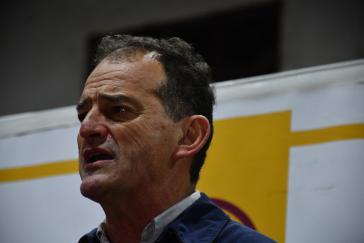 Den ehemaligen General und kommenden Senator, Manini Ríos, holt seine Vergangenheit ein