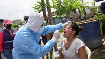Bisher wurde in Ecuador unzureichend auf Covid-19-Infizierungen getestet. Nach neuesten Zahlen sind rund 50 Prozent der Getesteten positiv