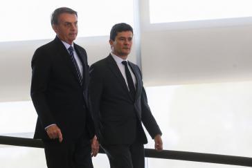 Gehen ab sofort getrennte Wege: Kämpfer gegen die Linke, Präsident Jair Bolsonaro (li) und sein ehemaliger Justizminister, Sérgio Moro.