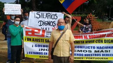 """Ein Beispiel von vielen: Protest von Angestellten der staatlichen Universität Llanos Occidentales Ezequiel Zamora  für """"ein ausreichendes Gehalt, um in Würde leben zu können"""""""