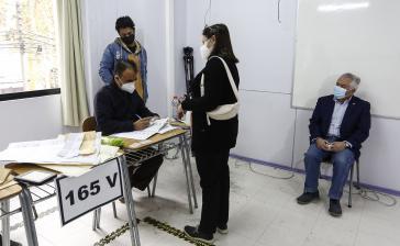 In Chile wurden in einer Stichwahl nun auch die bisher noch nicht feststehenden Gouverneur:innen gewählt