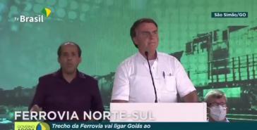 """Bolsonaro bei einer Ansprache im Bundeststaat Goiás: """"Das Gejammere kann nicht ewig weitergehen!"""" (Screenshot)"""