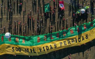 """Demonstration in Brasília am Samstag: """"Weg mit Bolsonaro. 500.000 Menschenleben verloren"""". Auch Rechte schließen sich nun den Protesten an"""