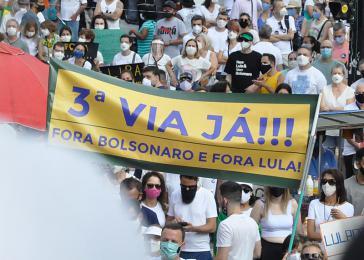 "Demonstranten am 12. September: ""3.Weg jetzt - Weg mit Bolsonaro und weg mit Lula"""