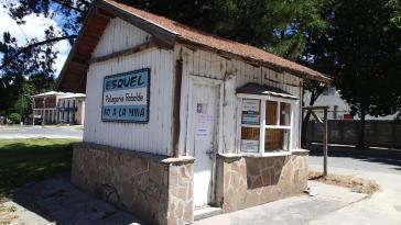 """Protestäußerungen an einem kleinen Haus in Chubut: """"Nein zur Mine in Esquel"""""""