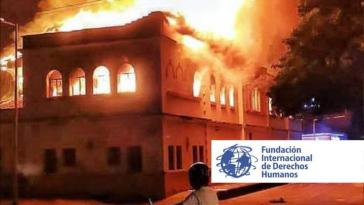 Justizpalast von Tuluá in Flammen