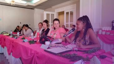 """Die """"internationale Schule"""" soll den weltweiten Austausch unter Feministinnen fördern"""