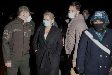 Jeanine Añez war nach dem Putsch von 2019 De-facto-Präsidentin von Bolivien, im März 2021 wurde sie nach Anklageerhebung festgenommen