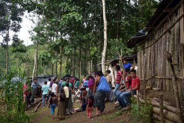 Mehr als 60 indigene Familien halten das Grundstück besetzt