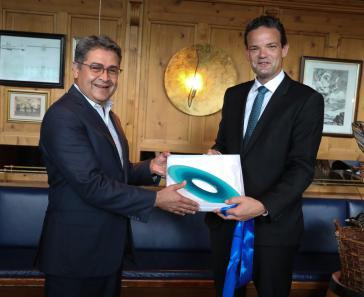 Präsident Hernández und Geschäftsführer der Munich Airport International GmbH, Gaffal