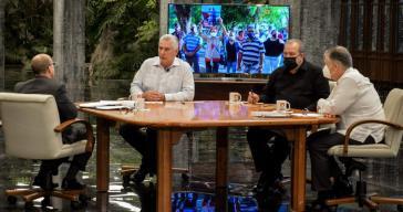 """Díaz-Canel, Marrero und Fernández in der TV-Sendung """"Mesa Redonda"""" am Mittwoch"""