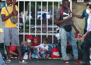 Tausende Migranten, vor allem aus Haiti, warten in Tapachula teils monatelang auf die Klärung ihres Migrationsstatus' (Screenshot)