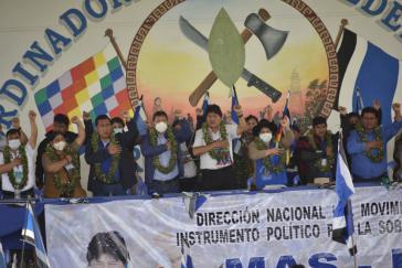 Nicht nur politische Mandatsträger:innen, sondern auch Repräsentant:innen aus sozialen und indigenen Bewegungen und Gewerkschaften beteiligten sich an dem Kongress der MAS