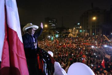 Pedro Castillo am Montagabend in Lima