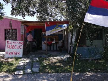 """""""Für unsere Rechte"""": Einer der zahlreichen Orte, an dem das Mitte-links-Bündnis Frente Amplio Unterschriften für das Referendum sammelt"""