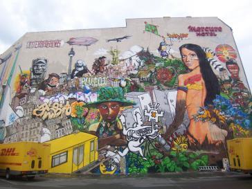 Größtes Wandbild Berlins eingeweiht