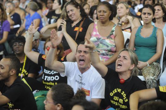 Vollversammlung der Lehrer von Rio de Janeiro