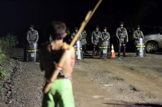 Konflikte zwischen Polizei und Indigenen um den Belo Monte-Staudamm