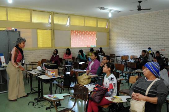 Bildungsprogramm für Jugendliche und Erwachsene in Brasilien