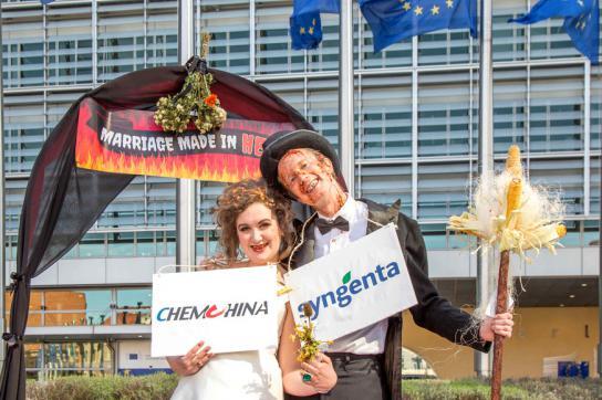 Protest in Brüssel gegen die Fusion von Syngenta und ChemChina