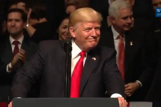 US-Präsident Trump bei seiner Rede zu Kuba in Miami (Screenshot)